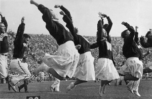 early_women_cheerleaders_at_uw_madison_2246608893