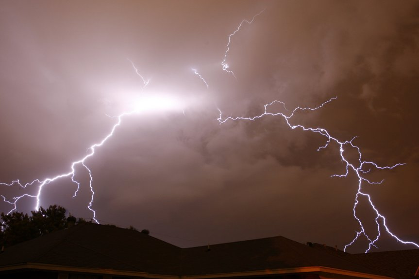 generic-lightning-shotjpg-1cd4e2947aad4cf1