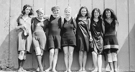 20120622011547709px-potomac_tidal_basin_female_swimmers-small__800x600_q85_crop